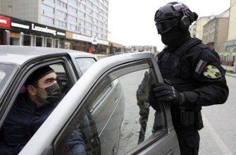 Почему в Москве не отменяют цифровые пропуска, но снимают полицейские кордоны на въездах в город